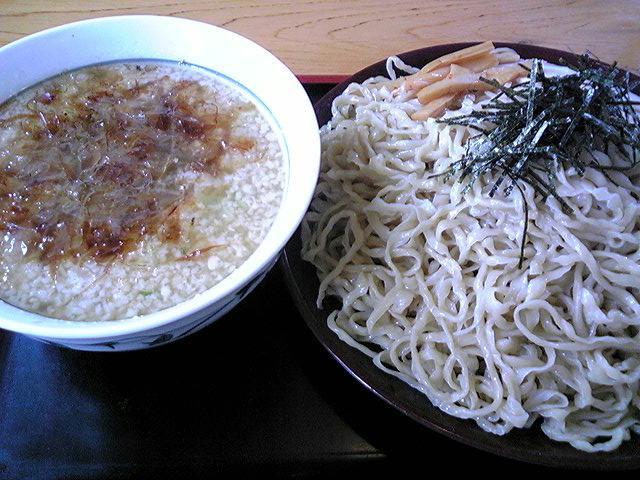 鷹乃巣「背脂つけ麺」鶴岡市