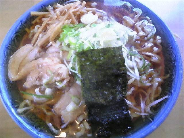 満び「らーめん(太麺あっさり)」鶴岡