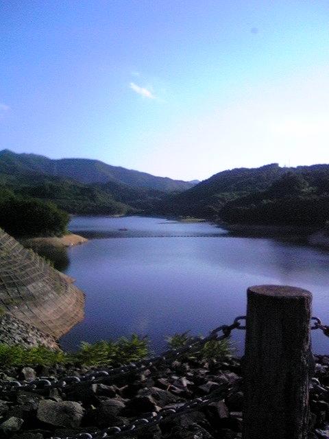 秋風流れる「前川ダム」