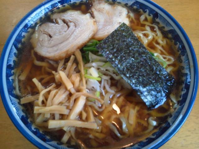 満び「ラーメン(<br />  あっさり太麺)」鶴岡市